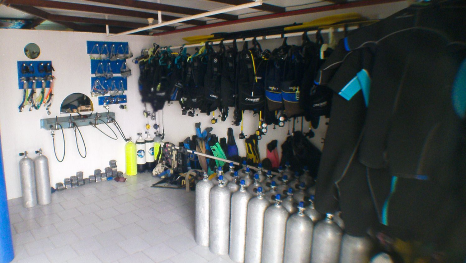 Dive Carriacou Shop